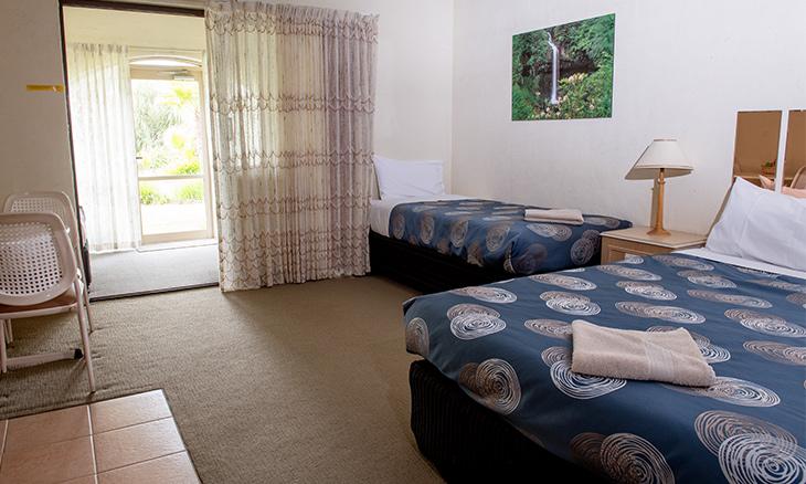 2 room unit